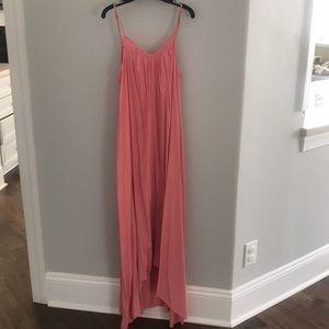 Dresses & Skirts - Pink spaghetti strap flowy dress sz 4